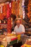 Mercato della spezia a Barcellona Immagine Stock