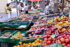 Mercato delle verdure e della frutta fresca di Lugano, Svizzera Fotografia Stock Libera da Diritti