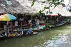 Mercato di galleggiamento Immagini Stock
