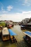 Mercato di galleggiamento della Tailandia Fotografie Stock
