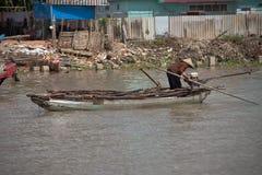 Mercato di galleggiamento di delta del Vietnam, il Mekong Fotografie Stock