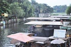mercato di galleggiamento di Kwan-risma Fotografie Stock Libere da Diritti