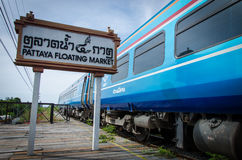 Mercato di galleggiamento di Pattaya. Fotografia Stock Libera da Diritti
