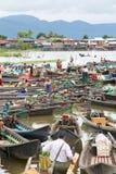 Mercato di galleggiamento, lago Inle, Myanmar Fotografie Stock Libere da Diritti