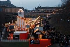 Mercato di Natale a Edimburgo, Regno Unito fotografie stock
