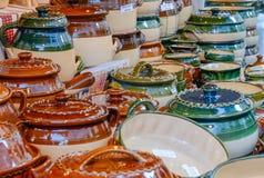 Mercato di Natale Merci di ceramica Fotografie Stock Libere da Diritti
