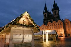 Mercato di Natale sul quadrato principale di Praga fotografia stock
