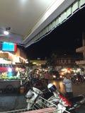 Mercato di notte fotografia stock