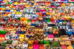 Mercato di notte del treno - Bangkok, Tailandia Fotografia Stock Libera da Diritti