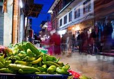 Mercato di notte a Kathmandu immagini stock libere da diritti