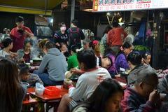 Mercato di notte di Ruifeng a nightmarket di Kaohsiung, Taiwan immagine stock