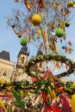 Mercato di Pasqua della via a Praga immagini stock libere da diritti