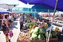Mercato di Poltava, Ucraina - 5 agosto 2015 immagini stock libere da diritti