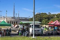 Mercato di strada in città immagini stock libere da diritti
