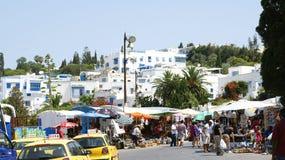 Mercato di strada e la gente in Sidi Bou Said Fotografia Stock