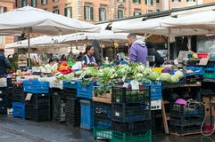 Mercato di Treet della vicinanza di Trastevere a Roma Immagine Stock Libera da Diritti