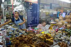Mercato di Warorot in Chiang Mai Immagine Stock