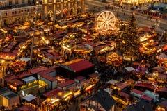 Mercato famoso di Natale di Dresda fotografia stock