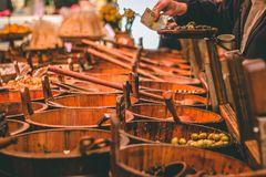 Mercato inglese, un mercato municipale dell'alimento del centro di sughero, attrazione turistica famosa della città: supporto rus fotografia stock