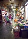 Mercato tradizionale di Triana in Siviglia, Spagna fotografia stock libera da diritti