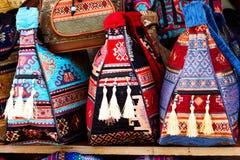 Mercato turco tradizionale & x28; bazaar& x29; con le borse fotografia stock