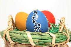Merce nel carrello delle uova di Pasqua Fotografia Stock