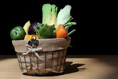 Merce nel carrello mista delle verdure Fotografie Stock Libere da Diritti