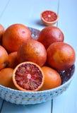 Merce nel carrello (sanguinosa) rossa delle arance Immagine Stock