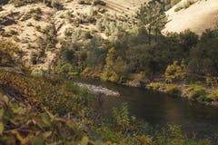 Merced flod på varm höstdag Royaltyfria Bilder