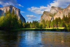 merced flod yosemite Arkivbilder