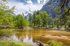 Merced rzeka w Yosemite dolinie Obraz Royalty Free