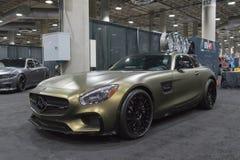 Mercedes-Benz AMG GT kupé på skärm under auto show för LA royaltyfri fotografi