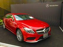 Mercedes Benz bil Arkivfoton