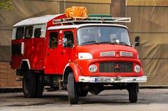 Mercedes-Benz brandlastbil arkivfoton