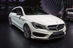 2015 Mercedes-Benz CLA45 die AMG Rem schieten Royalty-vrije Stock Foto's