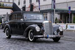 1952 Mercedes-Benz 220 de auto van B Cabrio oldtimer Royalty-vrije Stock Afbeeldingen
