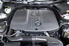 Mercedes-Benz E 220 BlueTec 2014 silnik Zdjęcia Royalty Free