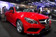 Mercedes-Benz E-grupp Cabriolat bil på expo för Thailand Internationalmotor Royaltyfri Fotografi