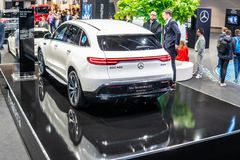 Mercedes-Benz EQC 400 4Matic 300kW SUV, het modeljaar van 2019, EQ-merk stock foto's