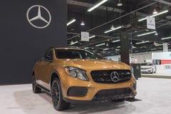 Mercedes-Benz GLA-grupp GLA 250 på skärm fotografering för bildbyråer