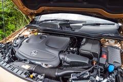 Mercedes-Benz GLA 200 2017 motor Royaltyfri Foto