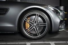 Mercedes-Benz GT-C AMG 6 ruota esteriore della corsa di 3 dettagli fotografia stock