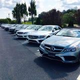 Mercedes Benz-Händler Stockbild