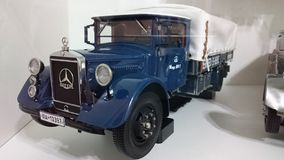Mercedes Benz LO2750 transporter scale model car Stock Photography