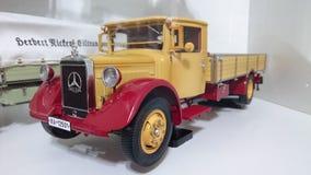 Mercedes Benz LO2750 transporter scale model car Stock Photo