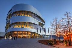 Mercedes-Benz Museum Stuttgart, Tyskland Fotografering för Bildbyråer