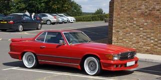 Mercedes Benz rossa fotografia stock libera da diritti