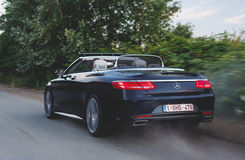 Mercedes-Benz S500 Convertible in motion Stock Images