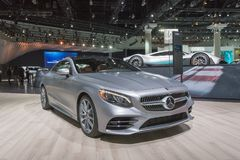 Mercedes-Benz S560 Coupé 4Matic su esposizione durante l'esposizione automatica della LA fotografia stock libera da diritti