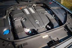 Mercedes-Benz S 500e sedanu Przenośny Hybrydowy 2016 silnik Fotografia Stock